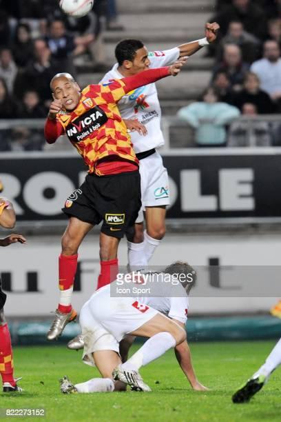 Ala Eddine YAHIA / Steven NZONZI Amiens / Lens 30eme journee de Ligue 2 Stade de la Licorne Amiens
