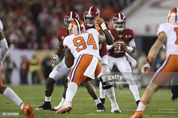Alabama Crimson Tide offensive lineman Korren Kirven blocks Clemson Tigers defensive tackle Carlos Watkins during the 2017 College Football National...