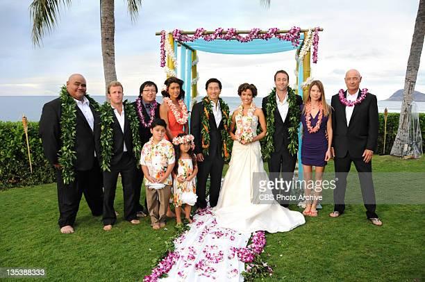 """""""Alaheo Pau'ole' amekona Danny Max Bergman Kono McGarrett Lori Weston and Joe White with the newlyweds Chin Ho and Malia on HAWAII FIVE0 Monday Dec..."""