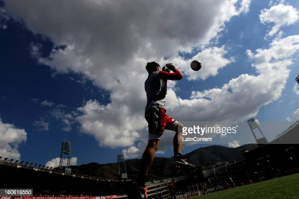 Alain Baroja goalkeeper of Caracas FC in action during a match between Caracas FC and Atletico Venezuela as part of the Torneo Clausura 2013 at...