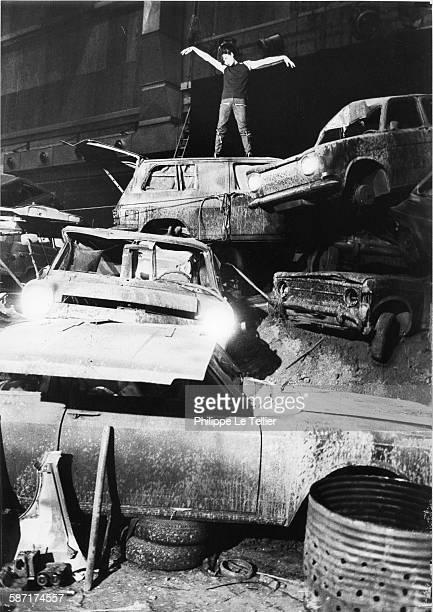 Alain Bashung filming for the movie 'Le cimetière des voitures' of Arrabal France 1981