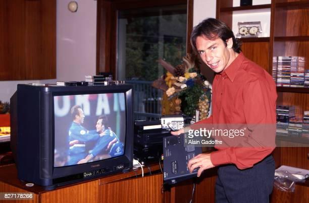 Alain Boghossian of Sampdoria during a photoshoot on October 20 1997 in Genes Italia