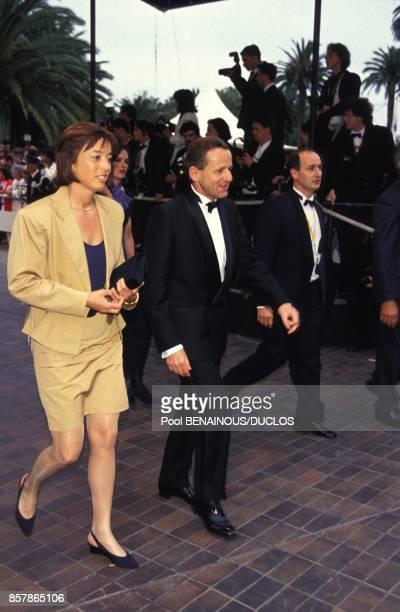 Alain Carignon ministre de la Communication a la presentation du film Trois couleurs Rouge au Festival du Film le 16 mai 1994 a Cannes France
