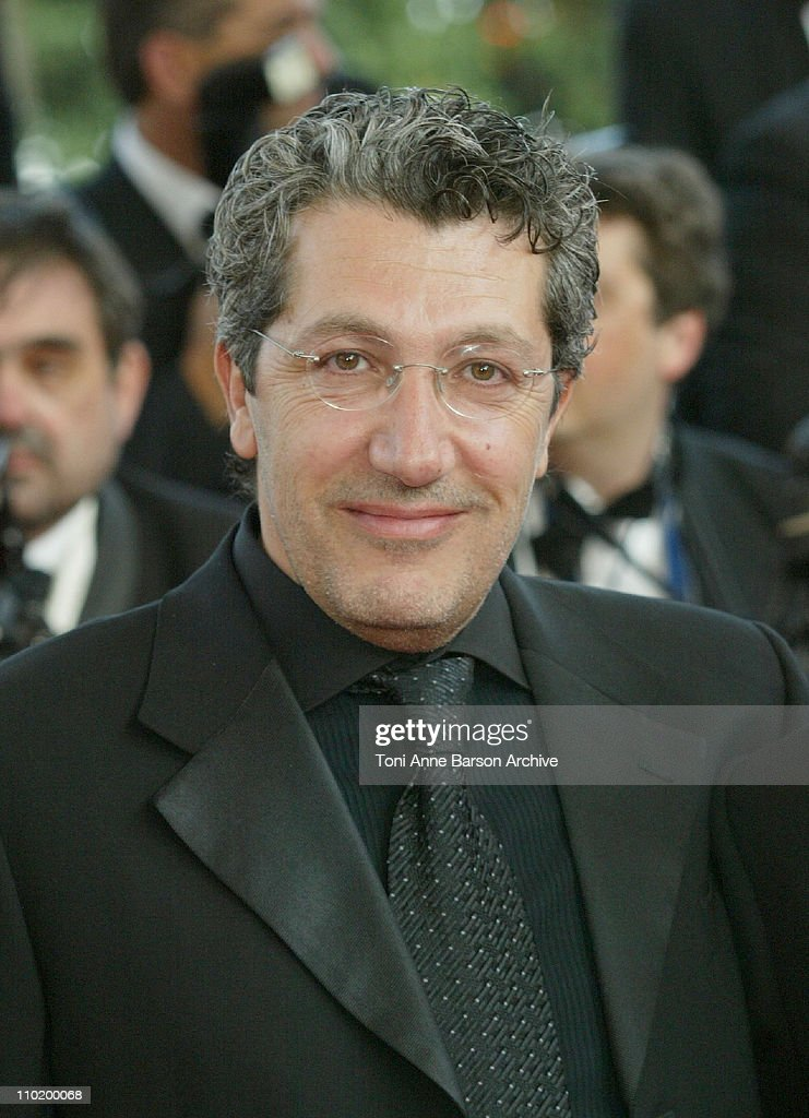 <a gi-track='captionPersonalityLinkClicked' href=/galleries/search?phrase=Alain+Chabat&family=editorial&specificpeople=615563 ng-click='$event.stopPropagation()'>Alain Chabat</a> during 2004 Cannes Film Festival - 'Shrek 2' - Premiere at Palais Du Festival in Cannes, France.