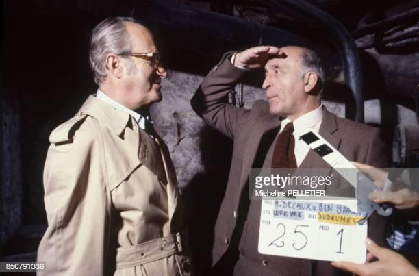 Alain Decaux et Antoine Lopez lors de l'enregistrement de l'émission 'Histoire en Question' à Paris France circa 1980