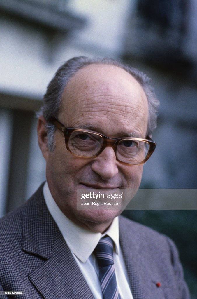 <a gi-track='captionPersonalityLinkClicked' href=/galleries/search?phrase=Alain+Decaux&family=editorial&specificpeople=548611 ng-click='$event.stopPropagation()'>Alain Decaux</a> (born in 1925), French historian, in 1984.