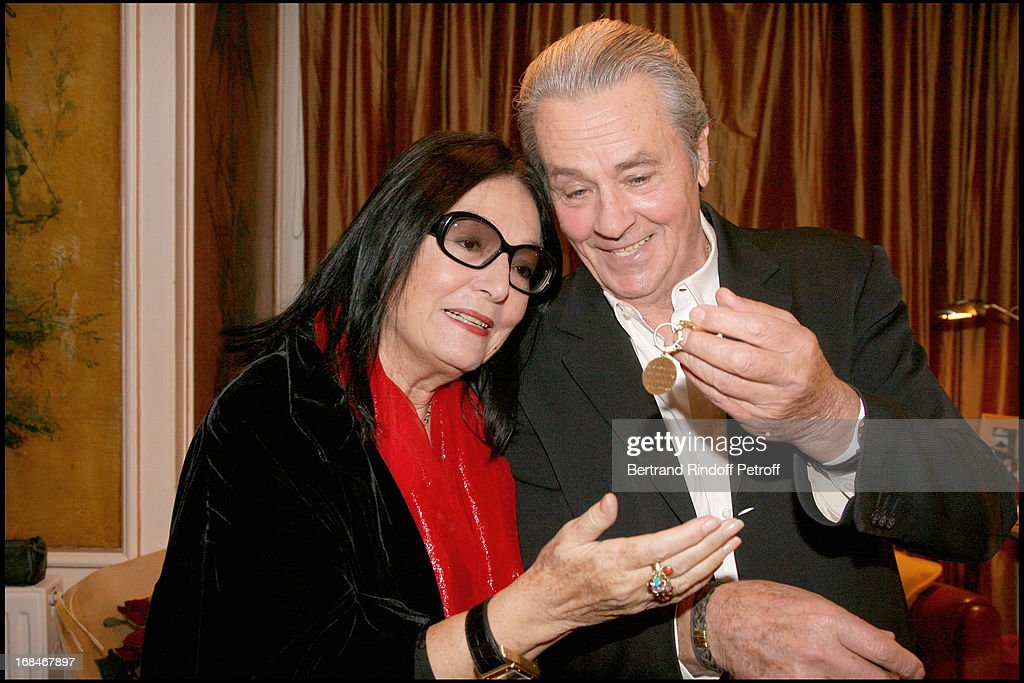alain delon nana mouskouri and the jewel nana mouskouri offered to alain delon 30