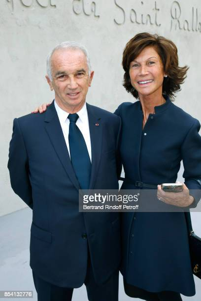 Alain Terzian and Sylvie Rousseau attend the Christian Dior show as part of the Paris Fashion Week Womenswear Spring/Summer 2018 on September 26 2017...