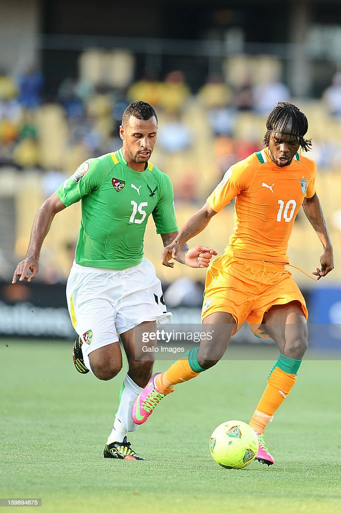Alaixys Romoa of Togo and Yao Gervinho of Ivory Coast during the 2013 Orange African Cup of Nations match between Ivory Coast and Togo from Royal Bafokeng Stadium on January 22, 2012 in Rustenburg, South Africa.