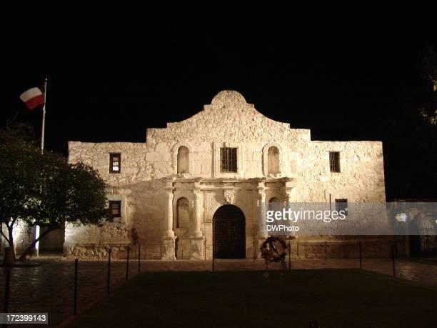 Alamo in San Antonio Texas at nite