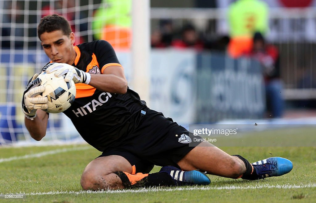 Alan Aguerre, of Velez Sarsfield, catches the ball during a match between River Plate and Velez Sarsfield as part of Torneo Transicion 2016 at Antonio Vespucio Liberti Stadium on April 30, 2016 in Buenos Aires, Argentina.