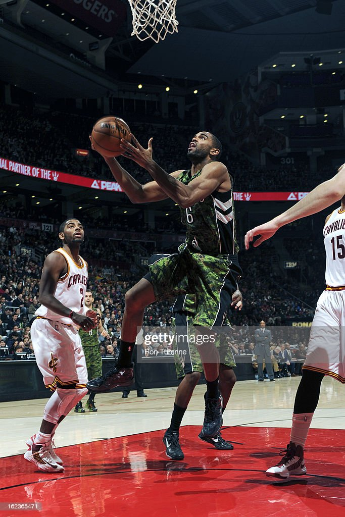 <a gi-track='captionPersonalityLinkClicked' href=/galleries/search?phrase=Alan+Anderson&family=editorial&specificpeople=3945355 ng-click='$event.stopPropagation()'>Alan Anderson</a> #6 of the Toronto Raptors drives to the basket against the Cleveland Cavaliers on January 26, 2013 at the Air Canada Centre in Toronto, Ontario, Canada.