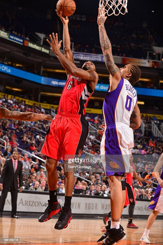 Alan Anderson #6 of the Toronto Raptors drives to the basket against the Phoenix Suns on March 6, 2013 at U.S. Airways Center in Phoenix, Arizona.