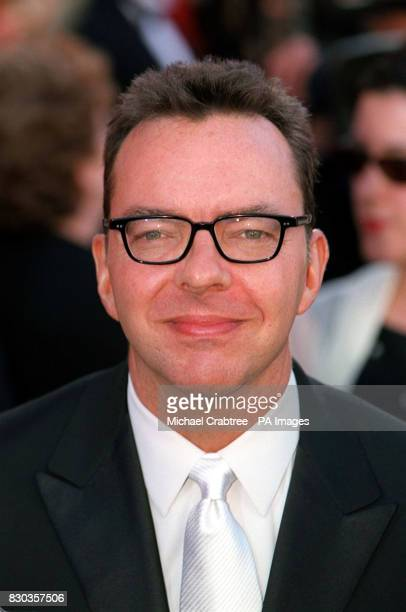 Alan Ball writer of the screenplay of the film American Beauty arriving at the Shrine Auditorium for the 72nd Annual Academy Awards The Oscars in Los...