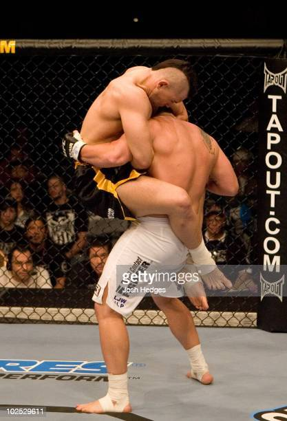 Alan Belcher def Sean Salmon Submission 53 round 1 during UFC 71 at MGM Grand Garden Arena on May 26 2007 in Las Vegas Nevada