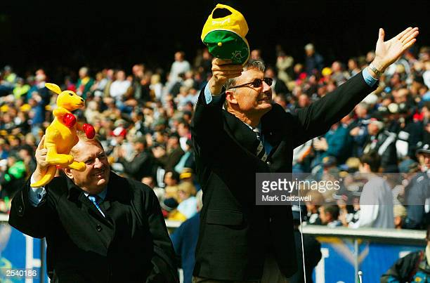 Alan Bond and John Bertrand parade around the ground to the crowd before AFL Grand Final between the Collingwood Magpies and the Brisbane Lions at...