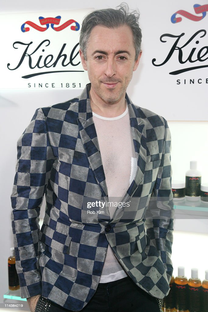 Alan Cumming attends Kiehl's 160th anniversary celebration at Kiehl's Flagship Store on May 18, 2011 in New York City.