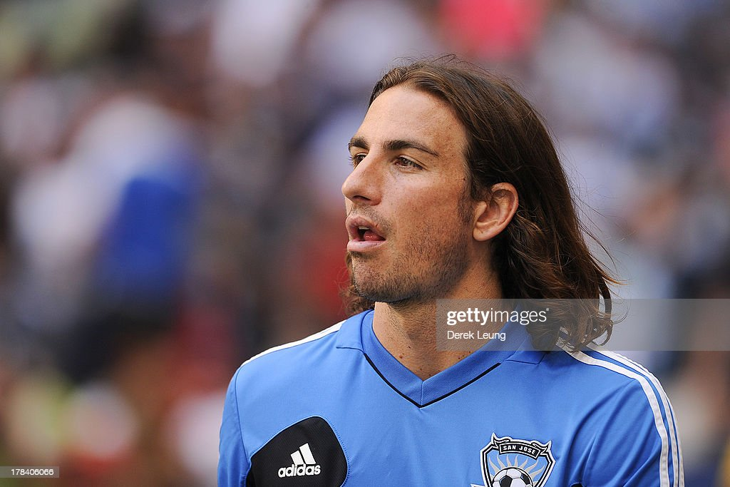 <a gi-track='captionPersonalityLinkClicked' href=/galleries/search?phrase=Alan+Gordon+-+Voetballer&family=editorial&specificpeople=11667134 ng-click='$event.stopPropagation()'>Alan Gordon</a> #24 of the San Jose Earthquakes walks to the pitch prior to an MLS match against the Vancouver Whitecaps at B.C. Place on August 10, 2013 in Vancouver, British Columbia, Canada.