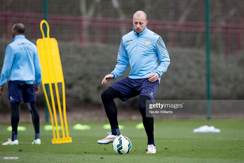<a gi-track='captionPersonalityLinkClicked' href=/galleries/search?phrase=Alan+Hutton&family=editorial&specificpeople=839355 ng-click='$event.stopPropagation()'>Alan Hutton</a> of Aston Villa in action during a Aston Villa training session at the club's training ground at Bodymoor Heath on March 05, 2015 in Birmingham, England.