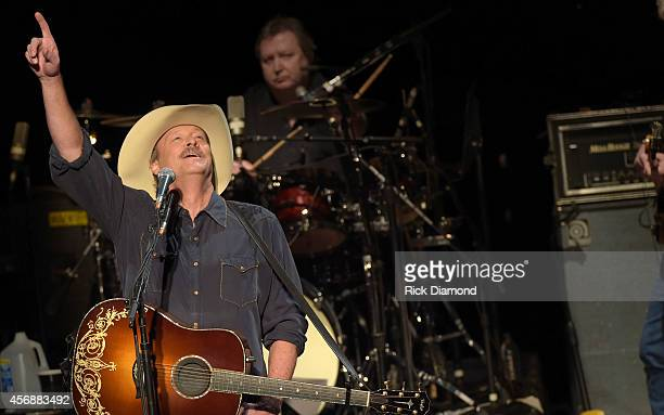 Alan Jackson performs at the CMA Theater at the Country Music Hall of Fame and Museum during the first night of his Artist in Residence series on...