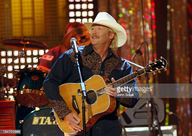 Alan Jackson performs 'The Talkin' Song Repair Blues'
