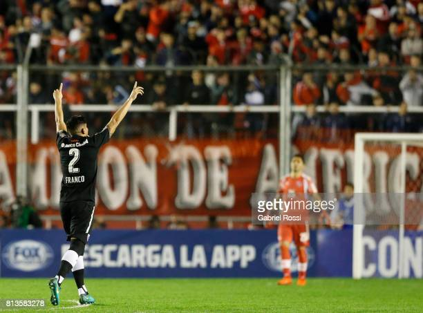 Alan Javier Franco of Independiente and teammates celebrate their team's first goal during the first leg match between Independiente and Deportes...