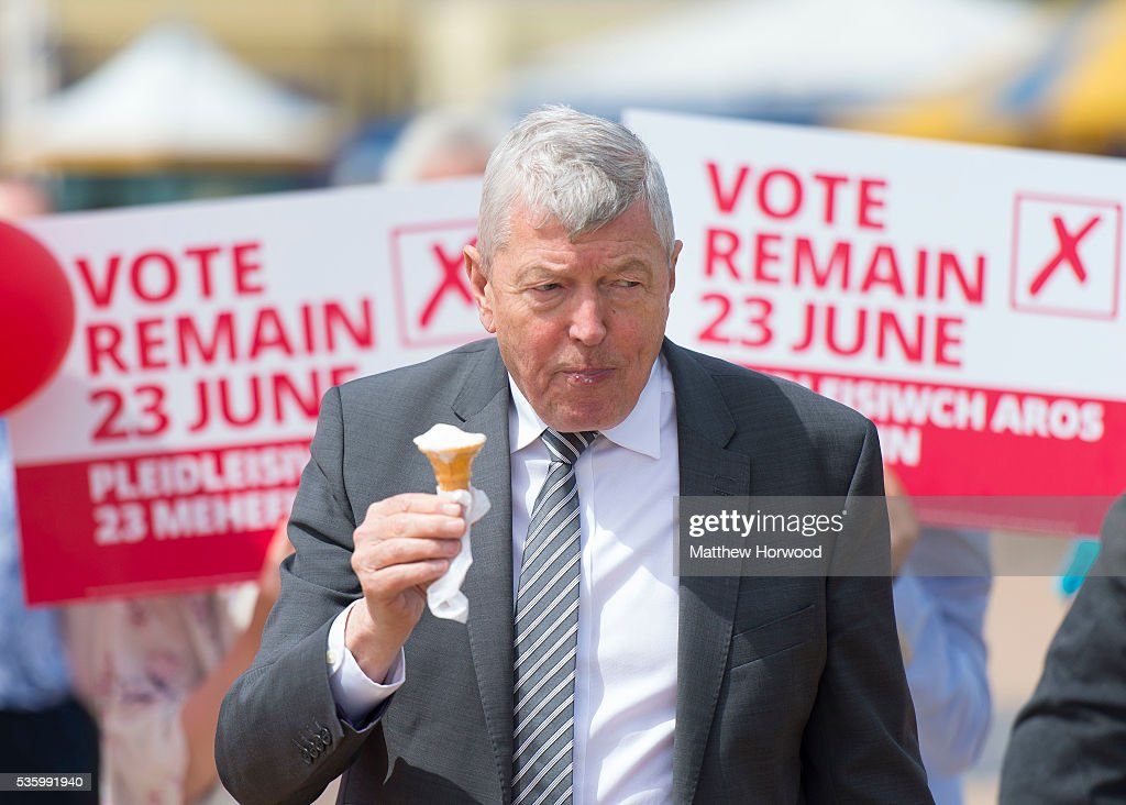 Alun Johnson, Labour MP and former Home Secretary, holds an ice cream during a visit to Barry with the the Labour IN for Britain campaign battle bus on May 31, 2016 in Barry, Wales. Britain will vote either to leave or remain in the EU in a referendum on June 23.