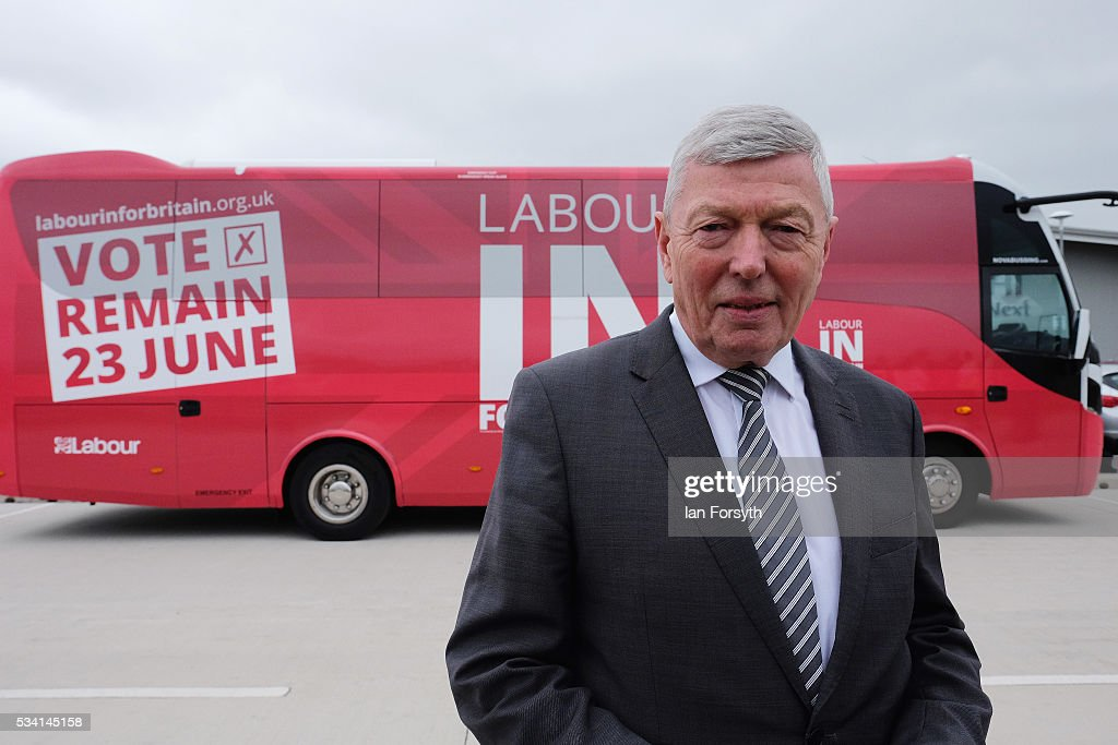 <a gi-track='captionPersonalityLinkClicked' href=/galleries/search?phrase=Alan+Johnson+-+Politician&family=editorial&specificpeople=228679 ng-click='$event.stopPropagation()'>Alan Johnson</a> MP, chair of the Labour In for Britain campaign meets members of the media as he visits the Hitachi Rail Europe site with the Labour In battle bus on May 25, 2016 in Newton Aycliffe, England. The Labour In for Britain battle bus will make several trips to the north east region as it tours the area ahead of the EU referendum on June 23.