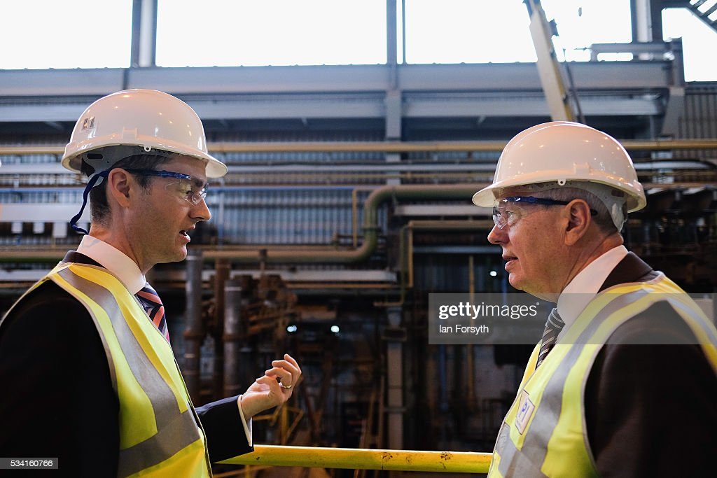 Alan Johnson (R) MP, chair of the Labour In for Britain campaign receives a briefing from CEO Chris McDonald as he visits the Metals Process Institute during the 'Labour In' battle bus tour on May 25, 2016 in Middlesbrough, England. The Labour In for Britain battle bus will make several trips to the north east region as it tours the area ahead of the EU referendum on June 23.