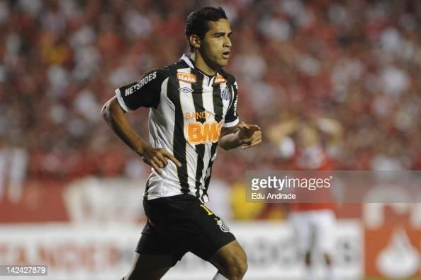 Alan Kardec from Santos celebrates goal during a match between Internacional and Santos at Beira Rio stadium as part of the Copa Libertadores 2012 on...