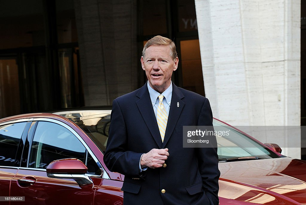 <a gi-track='captionPersonalityLinkClicked' href=/galleries/search?phrase=Alan+Mulally+-+Businessman&family=editorial&specificpeople=226958 ng-click='$event.stopPropagation()'>Alan Mulally</a>, president and chief executive officer of Ford Motor Co., speaks during the unveiling of the Lincoln MKZ vehicle in New York, U.S., on Monday, Dec. 3, 2012. Ford Motor Co., seeking to revive sales of Lincoln vehicles, is fielding the brand's first Super Bowl spot as well as a television commercial that portrays the U.S. president who gave the luxury line its name. Photographer: Peter Foley/Bloomberg via Getty Images