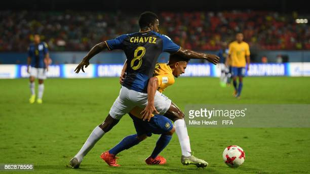 Alan of Brazil is challenged by Gerson Chavez of Honduras during the FIFA U17 World Cup India 2017 Round of 16 match between Brazil and Honduras at...