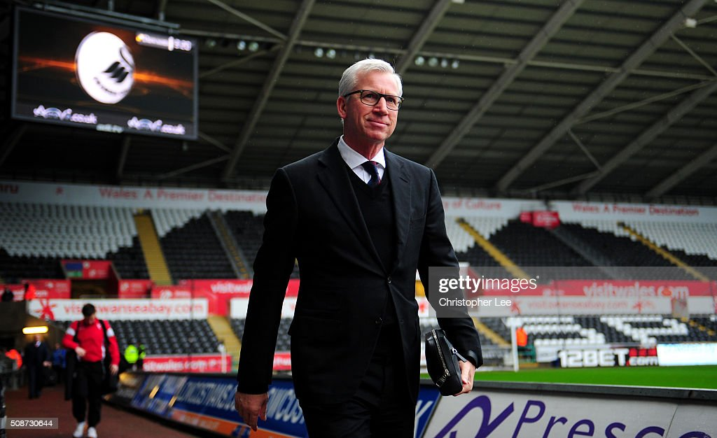 <a gi-track='captionPersonalityLinkClicked' href=/galleries/search?phrase=Alan+Pardew&family=editorial&specificpeople=171147 ng-click='$event.stopPropagation()'>Alan Pardew</a> Manager of Crystal Palace is seen on arrival at the stadium prior to the Barclays Premier League match between Swansea City and Crystal Palace at the Libery Stadium on February 6, 2016 in Swansea, Wales.