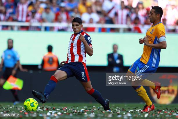 Alan Pulido of Chivas kicks the ball to score during the Final second leg match between Chivas and Tigres UANL as part of the Torneo Clausura 2017...