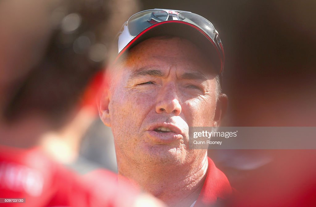 Alan Richardson the coach of the Saints talks to his players during the St Kilda Saints AFL Intra-Club Match at Trevor Barker Beach Oval on February 12, 2016 in Melbourne, Australia.