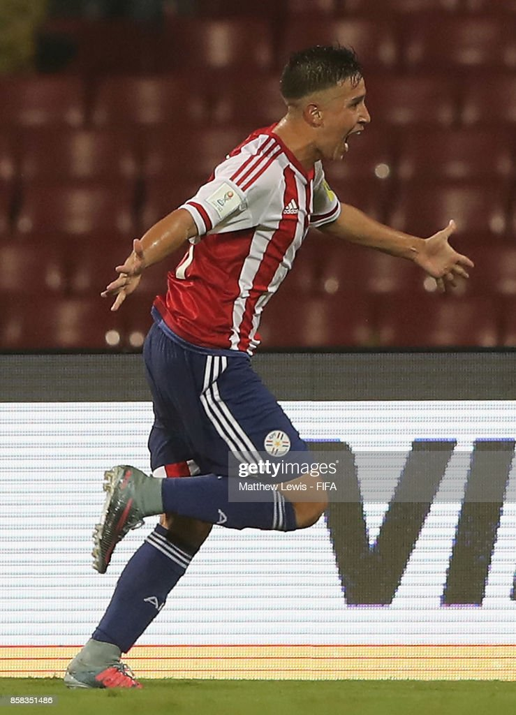 Alan Rodriguez of Paraguay celebrates his goal during the FIFA U-17 World Cup India 2017 group B match between Paraguay and Mali at Dr DY Patil Cricket Stadium on October 6, 2017 in Mumbai, India.