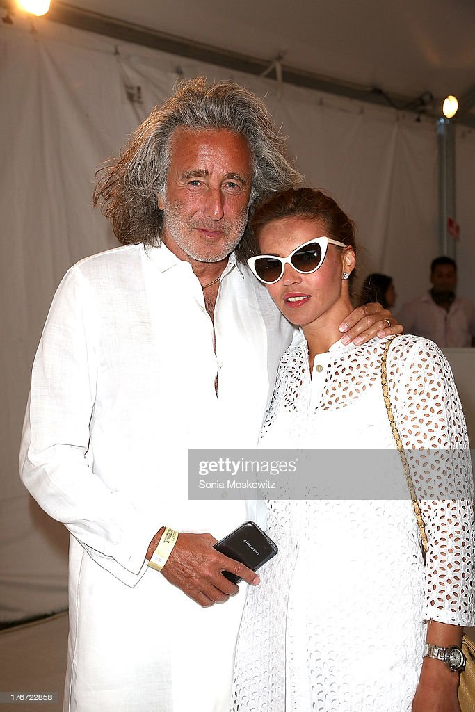 Alan Schwartz and Helen Schwartz attend Domingo Zapata's A Contemporary Salon eventon August 17, 2013 in Watermill, New York.
