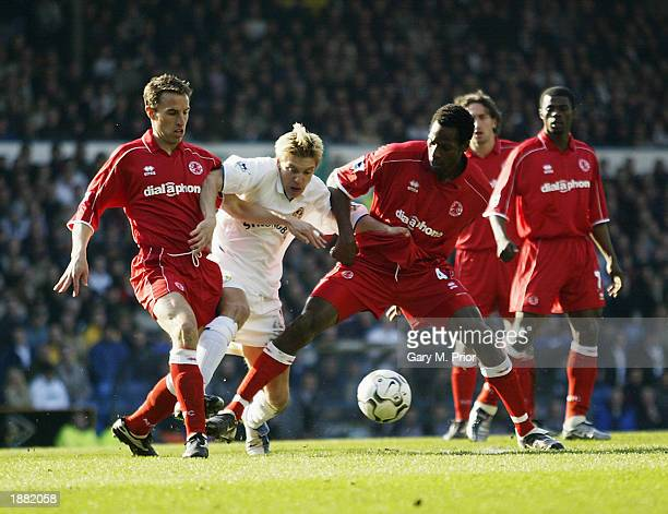 Alan Smith of Leeds United is crowded out by Gareth Southgate and Ugo Ehiogu of Middlesbrough during the FA Barclaycard Premiership match held on...