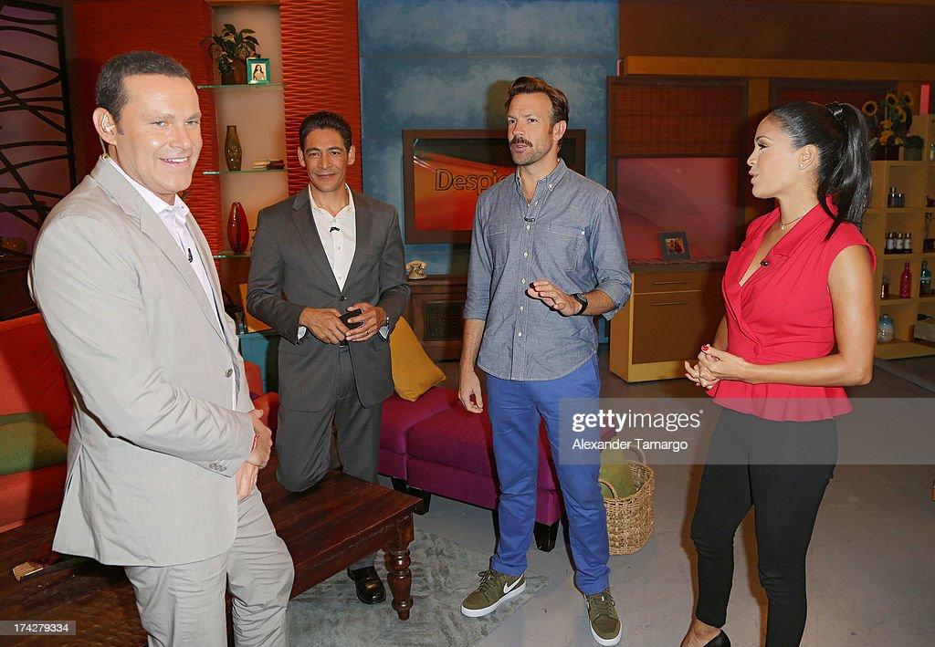 Alan Tacher, Johnny Lozada, Jason Sudeikis and Karla Martinez visits Univisions Despierta America at Univision Headquarters on July 23, 2013 in Miami, Florida.