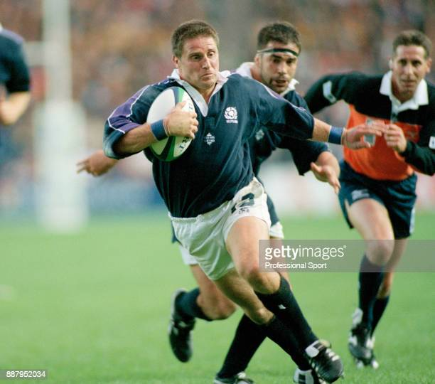 Alan Tait of Scotland in action against South Africa during the Rugby Union World Cup Pool A match at Murrayfield in Edinburgh on 3rd October 1999...