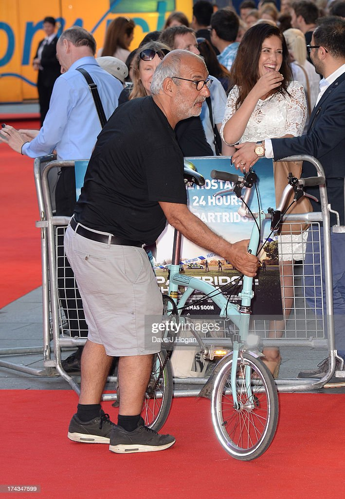 <a gi-track='captionPersonalityLinkClicked' href=/galleries/search?phrase=Alan+Yentob&family=editorial&specificpeople=581634 ng-click='$event.stopPropagation()'>Alan Yentob</a> attends the London Premiere of 'Alan Partidge: Alpha Papa' at Vue Leicester Square on July 24, 2013 in London, England.