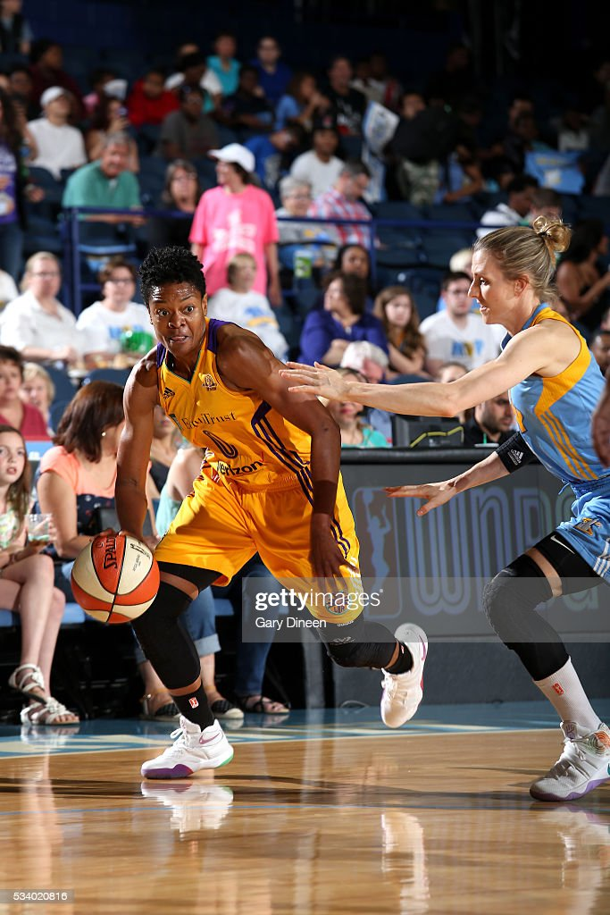 <a gi-track='captionPersonalityLinkClicked' href=/galleries/search?phrase=Alana+Beard&family=editorial&specificpeople=210691 ng-click='$event.stopPropagation()'>Alana Beard</a> #0 of the Los Angeles Sparks handles the ball during the game Sky on May 24, 2016 at the Allstate Arena in Chicago, Illinois.