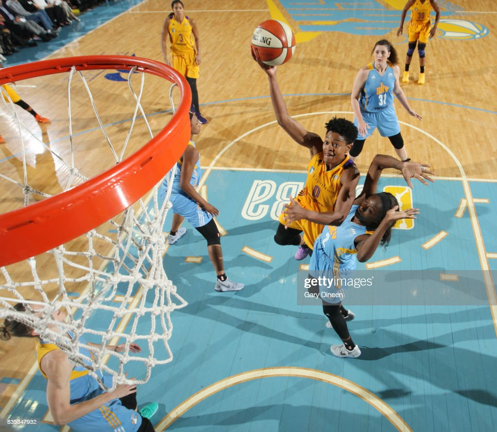 Alana Beard #0 of the Los Angeles Sparks shoots the ball against the Chicago Sky on August 18, 2017 at Allstate Arena in Rosemont, IL.