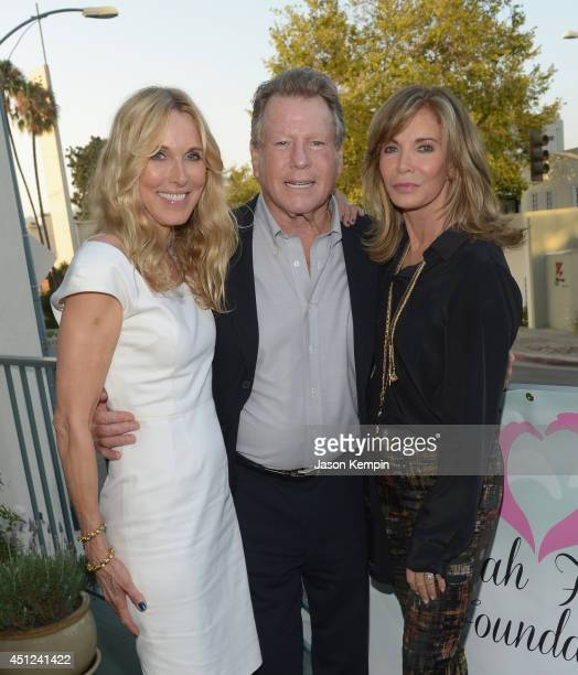 Alana Stewart Ryan O'Neal and Jaclyn Smith attend the Farrah Fawcett 5th Anniversary Reception at the Farrah Fawcett Foundation on June 25 2014 in...