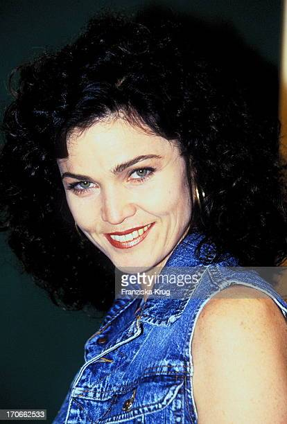 Alannah Myles Stock Photos And Pictures Getty Images