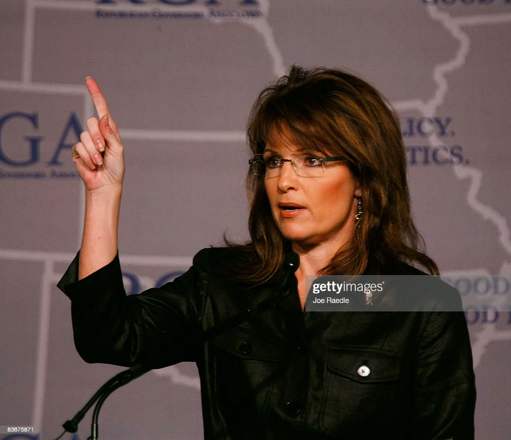 Alaska Gov. Sarah Palin speaks during the Republican Governors Association conference November 13, 2008 in Miami, Florida. Palin delivered remarks about her feelings on the future of the Repulican party.