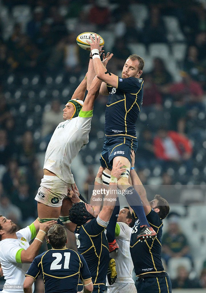 <a gi-track='captionPersonalityLinkClicked' href=/galleries/search?phrase=Alastair+Kellock&family=editorial&specificpeople=572276 ng-click='$event.stopPropagation()'>Alastair Kellock</a> of Scotland wins the line-out during the Castle Larger Incoming Tour match between South Africa and Scotland at Mbombela Stadium on June 15, 2013 in Nelspruit, South Africa.