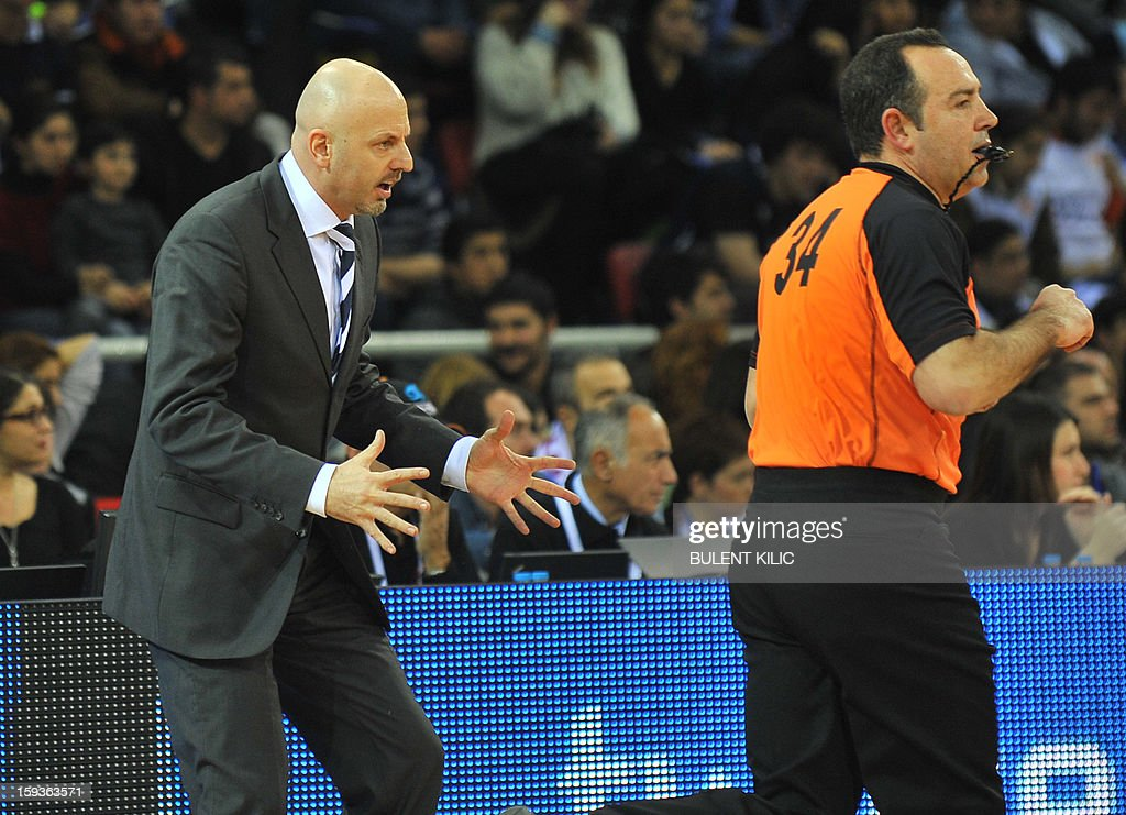 Alba Berlin's coach Sasa Obradovic (L) reacts during the basketball match Alba Berlin vs. Anadolu Efes at the Abdi Ipekci Sport Hall in Istanbul on January 11, 2013.