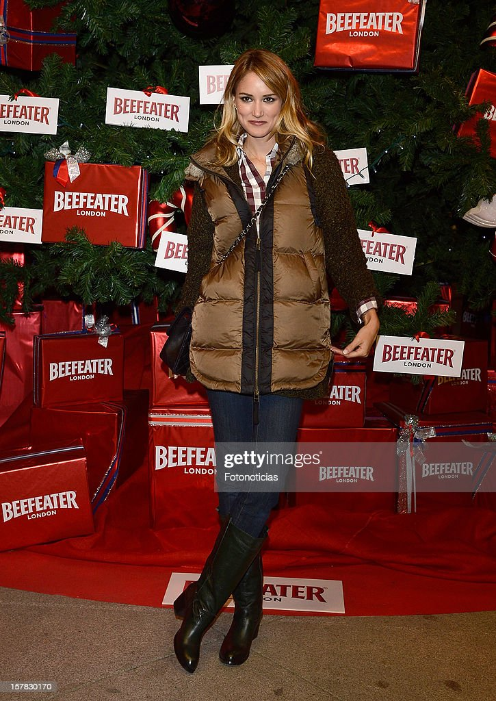 Alba Carrillo attends the inauguration of Beefeater London Market at the Palacio de Cibeles on December 6, 2012 in Madrid, Spain.
