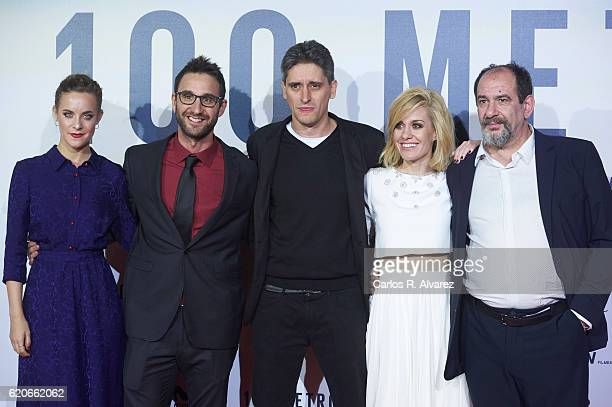 Alba Ribas Dani Rovira director Marcel Barrena Alexandra Jimenez and Karra Elejalde attend '100 Metros' premiere at Capitol cinema on November 2 2016...
